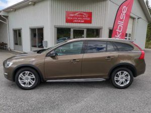 Volvo V60 Cross Country D4 AWD Aut Summum Eur -16